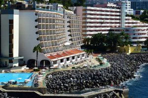 pestana-carlton-overview-2